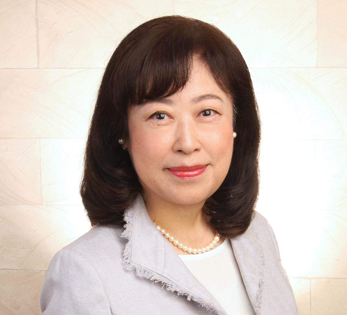 岡田 佳子